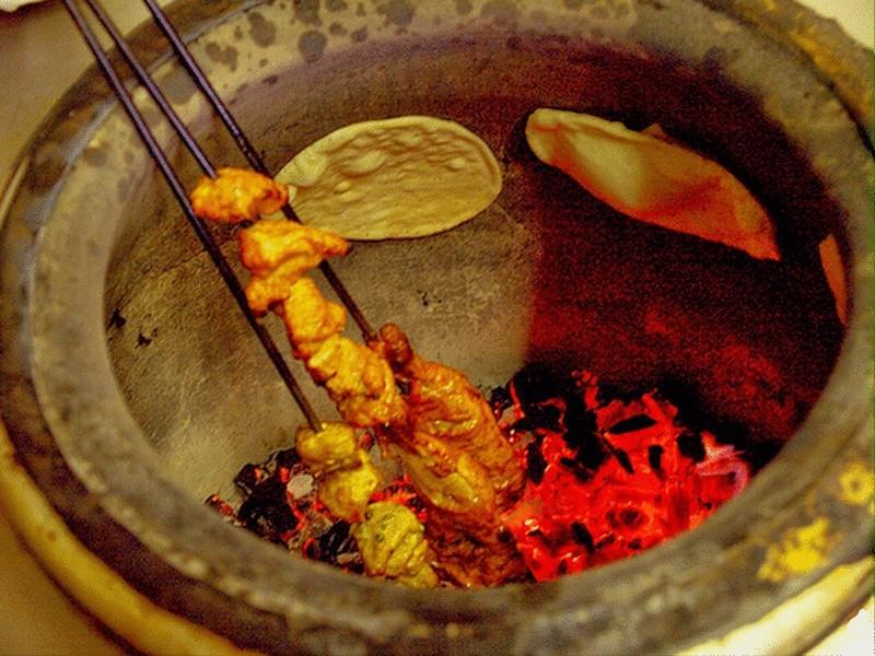 Принцип выпекания хлеба в тандыре